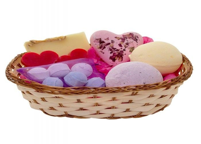 Luxury Pamper Hamper Medium Basket Soap Bath Bombs Customized Shape
